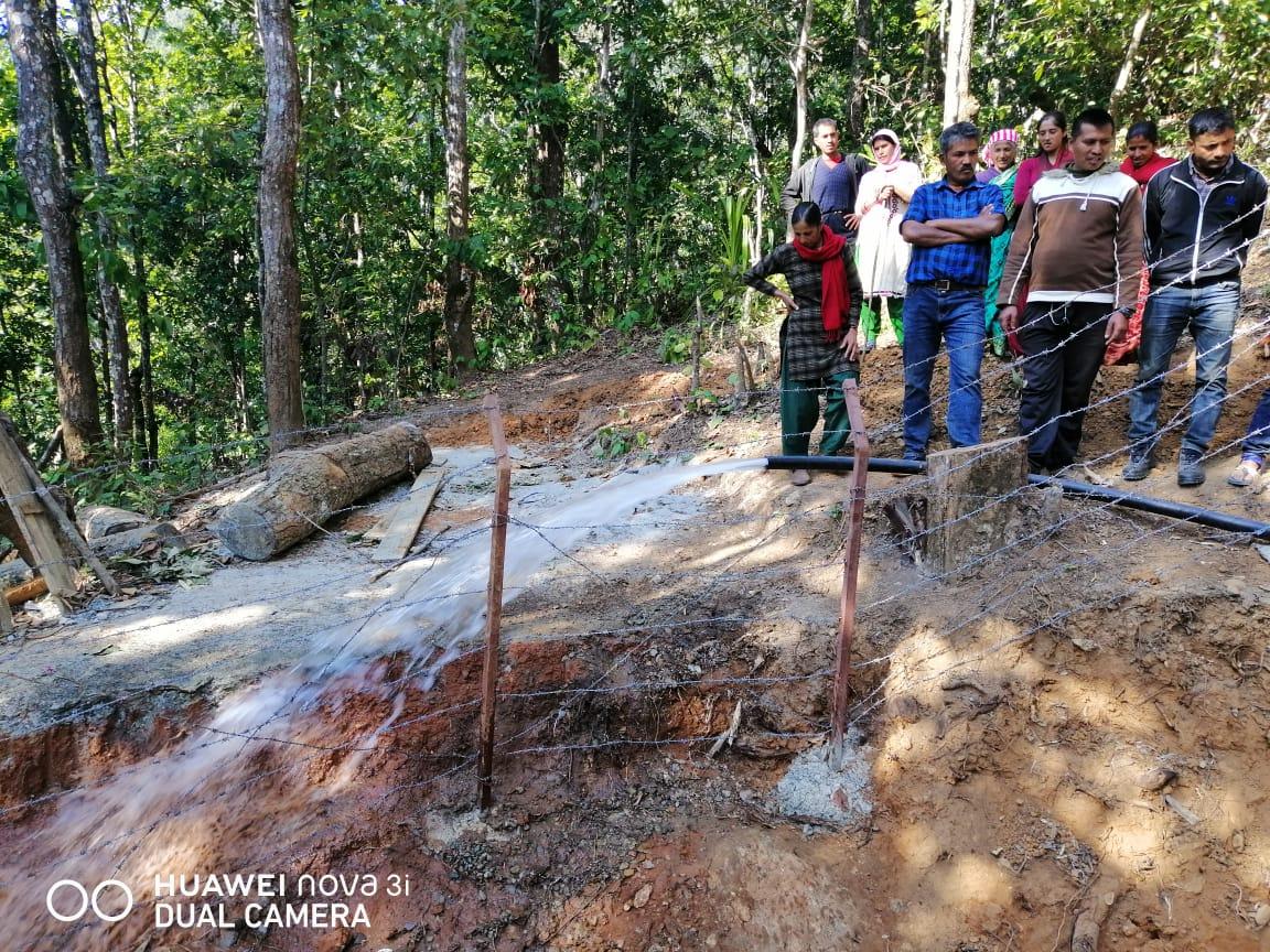 Een flinke hoeveelheid water tijdens de proefopening van Hamsapur WaSH