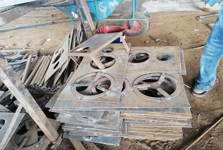De verbeterde kooktoestellen werden gemaakt in Pokhara