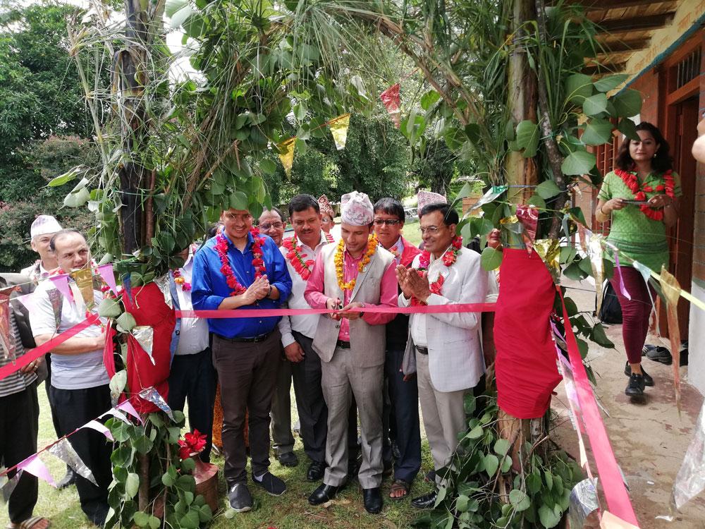 Opening van het Hamsapur WASH project