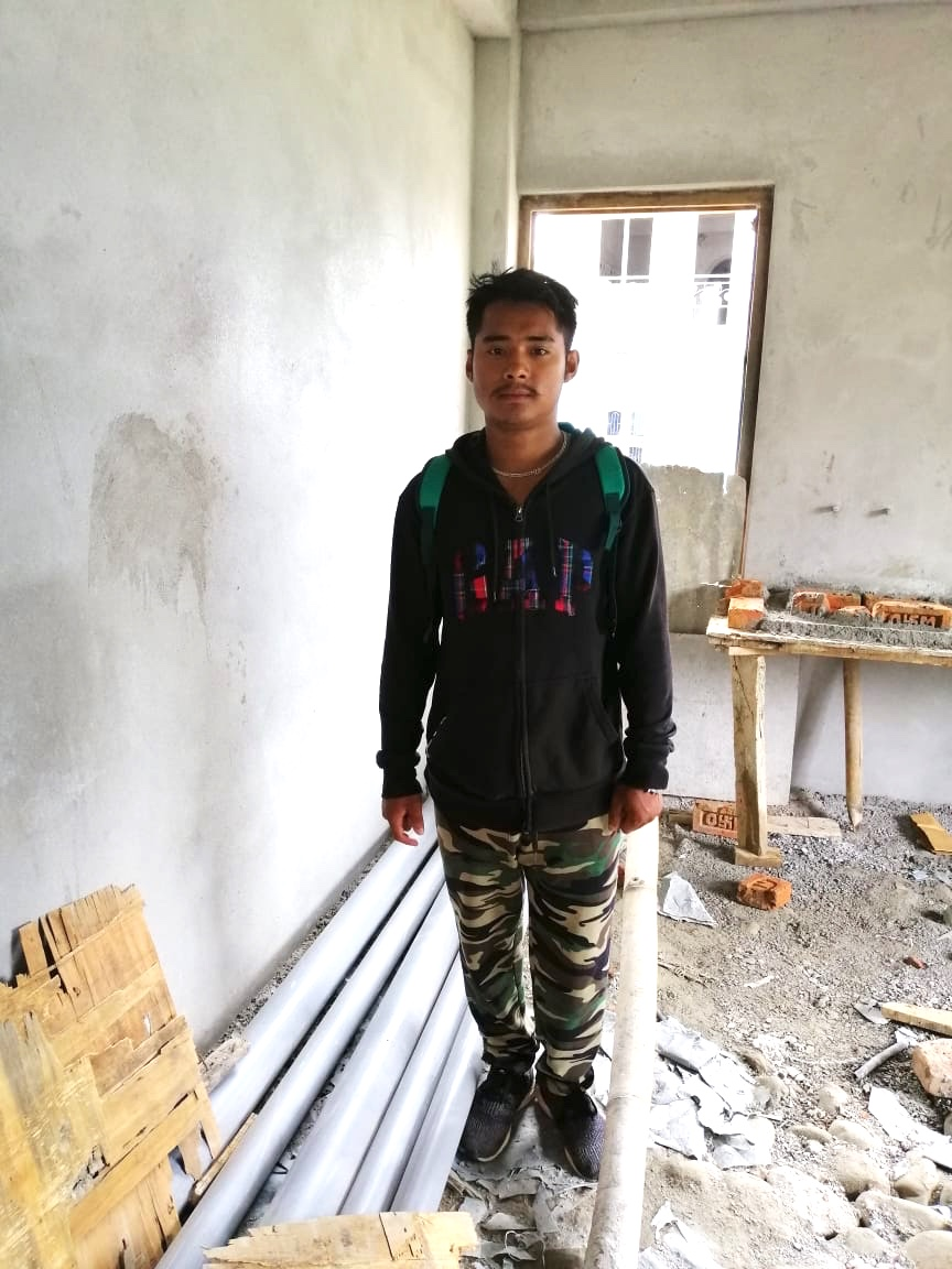 Sulav Bahadur Rana op de werkplaats