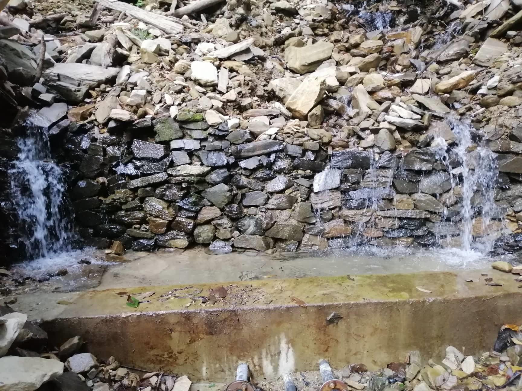Water source at Kurlungkhola (altitude 917 meters)